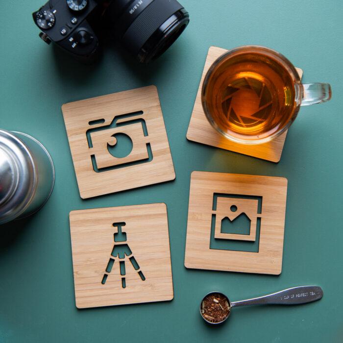 Onderzetters van bamboe met fotografie-iconen