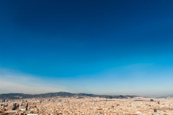Blauwe luchten zijn typisch voor vakantiefoto's...
