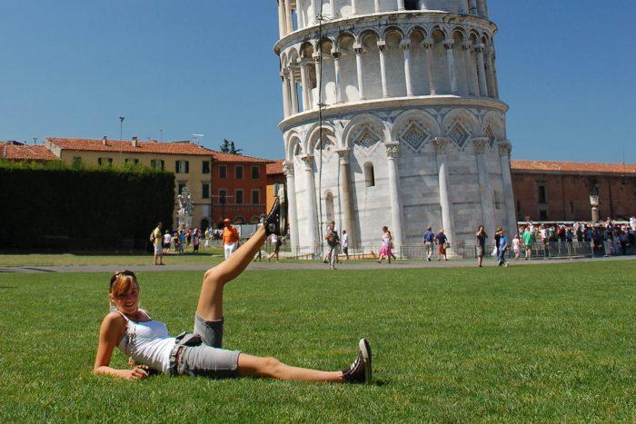 Cliche vakantiefoto's: toren van PISA