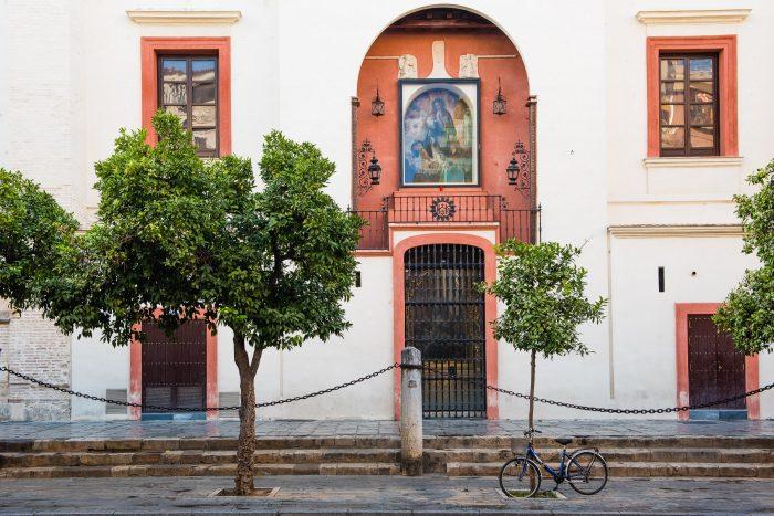 Geparkeerde fiets in Sevilla