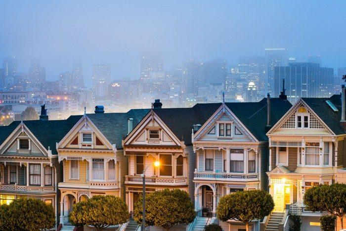 In de stad komt mist vaak minder snel voor.