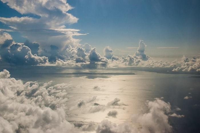 Prachtige wolkenformaties bij Zanzibar