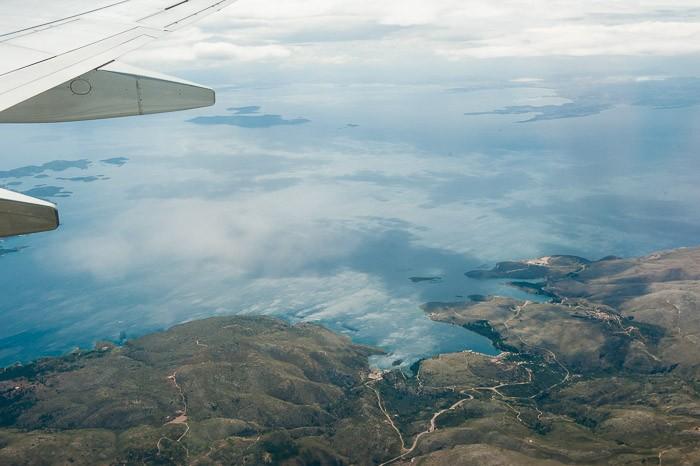 Grieks eiland vanuit de lucht gefotografeerd
