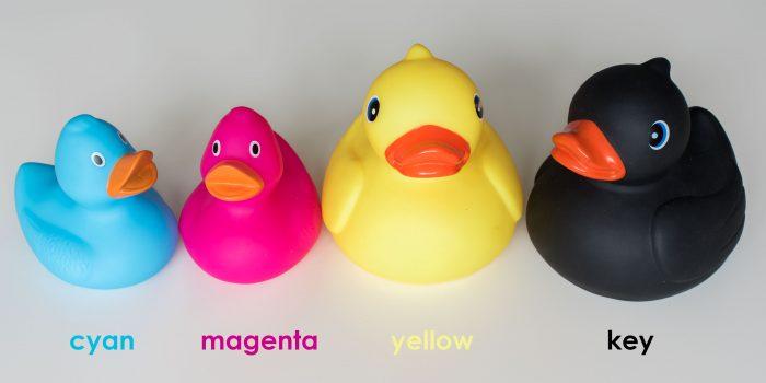 CMYK bestaat uit de kleuren cyaan, magenta, geel en zwart.