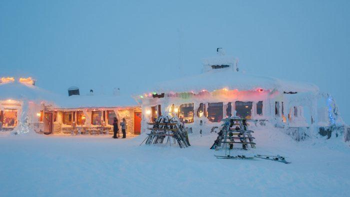 Het gezellige hutje/restaurant, boven aan de piste!