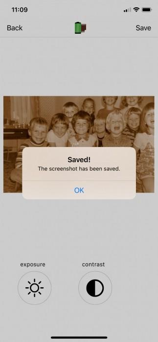 De foto wordt opgeslagen in je filmrol.