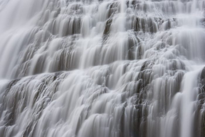 Waterval met een sluitertijd van 2 seconden