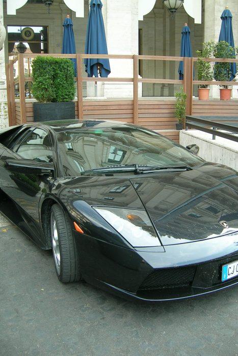 Vette auto in Rome, 2004