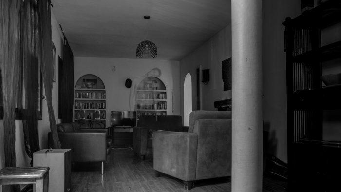 Geest spook in zwart-wit foto