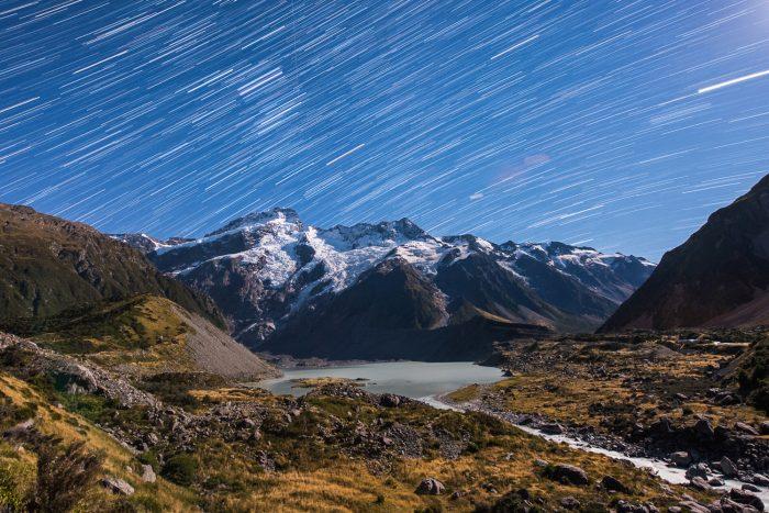 Beweging fotograferen door foto's te combineren: Startrail Nieuw-Zeeland