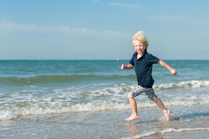 Horizonplaatsing bij kinder- en portretfotografie op het strand