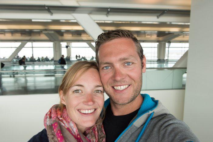 De 'we-komen-weer-naar-huis-selfie' van mij en Rabin: 2 juni op San Francisco Airport