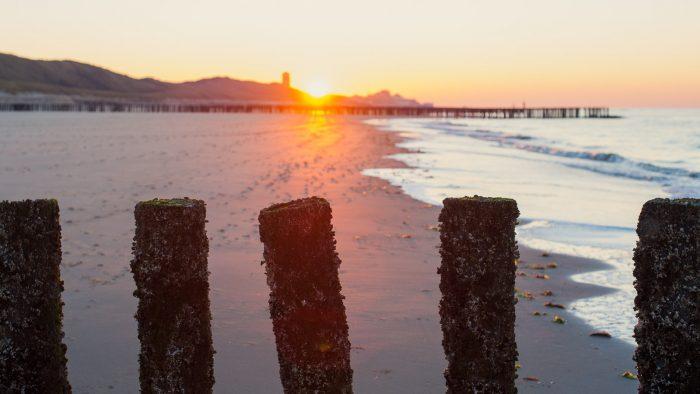 In de winter is de zonsondergang vroeg. Deze zonsondergang op 10 december was al om 16:27.