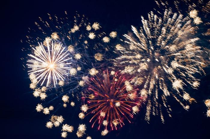 Vuurwerkfoto's passen ook heel goed op een kerst- en nieuwjaarskaart