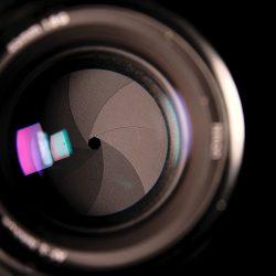 Zo ziet het diafragma er in de lens uit.