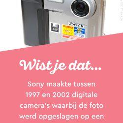 """Sony maakte tussen 1997 en 202 digitale camera's waarbij de foto opgeslagen werd op een 3.5"""" floppy"""